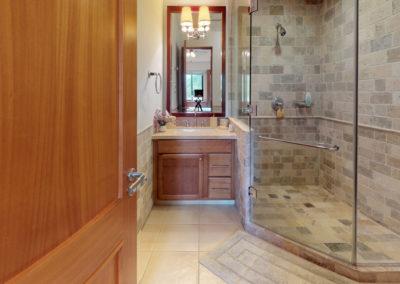 Paseo-de-las-Casas-Bathroom(1)