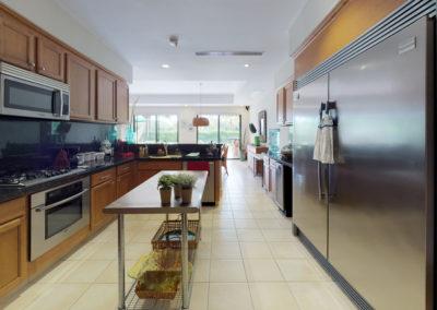 Paseo-de-las-Casas-Kitchen